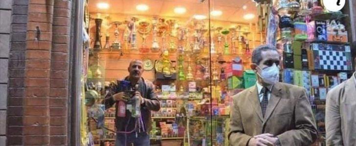 """""""الفولى"""" محافظ الغربية يهدد محلات بيع مستلزمات الشيشة بالمصادرة والغلق بالمخالفة للقانون ."""